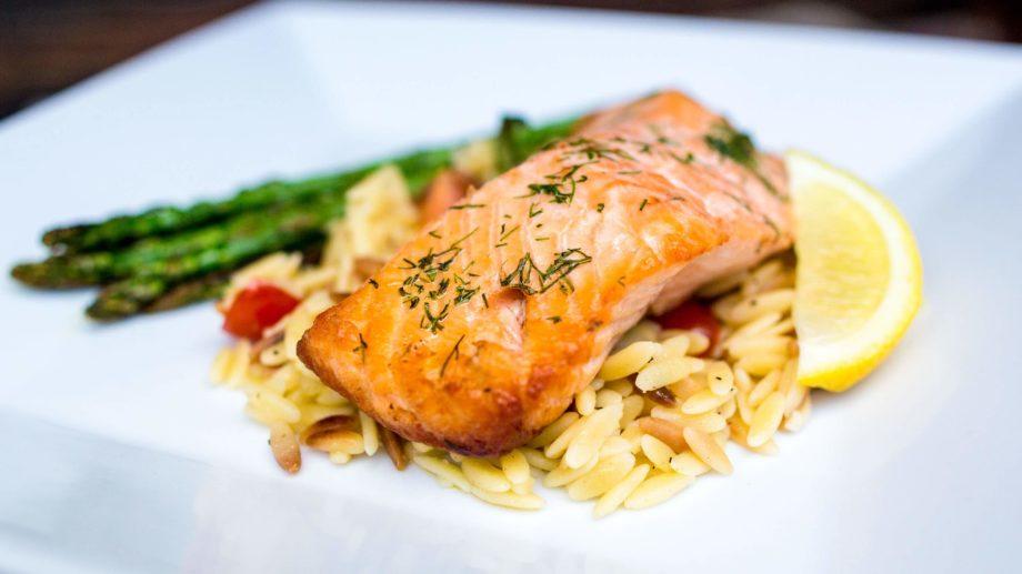 Salmon dinner with asparagus.